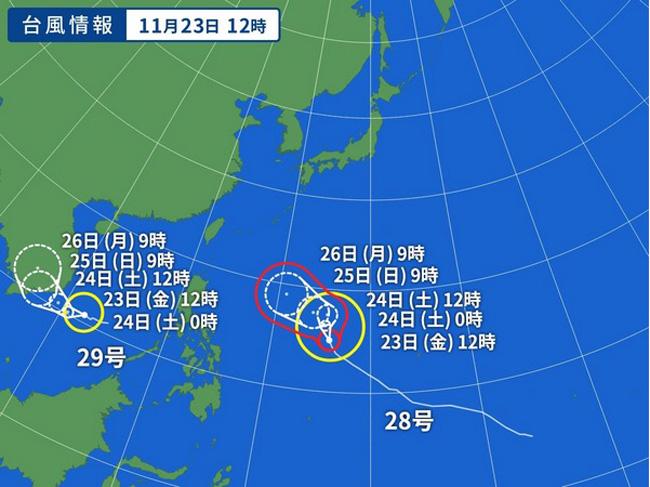 台風28号マンニィの進路予想(右)