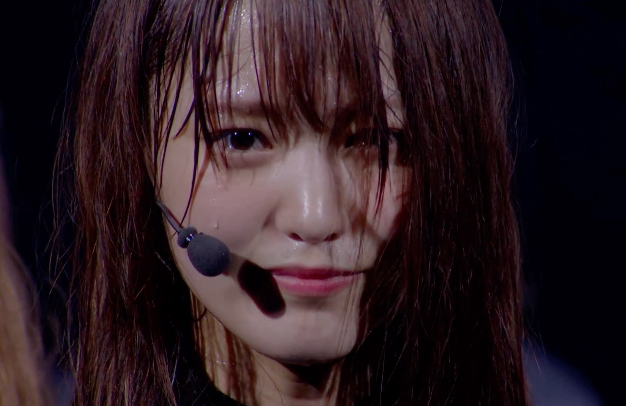 欅坂46の歴史に幕・改名を毅然と発表するキャプテンの菅井友香
